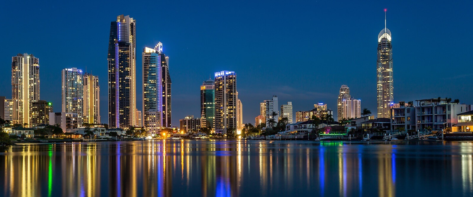 What is there to do in Gold Coast at night?